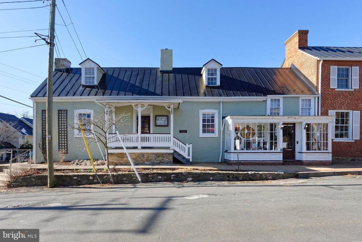 Commercial for Sale at Middleburg, Virginia, 20117 United States
