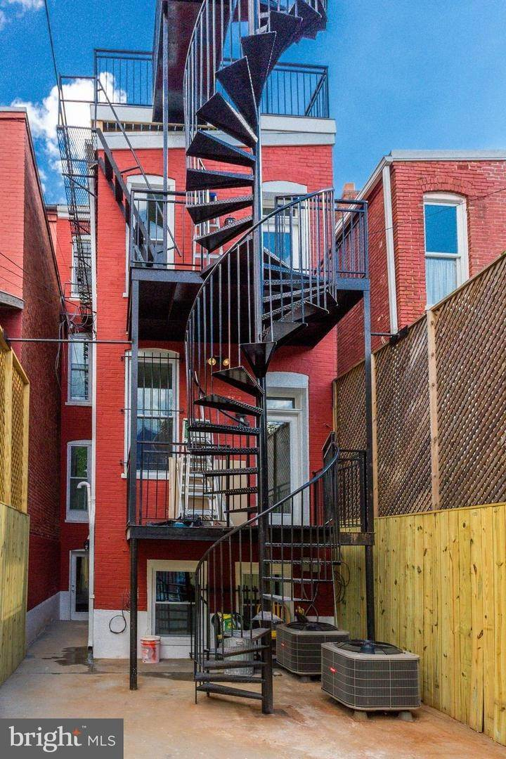 5. Single Family Homes bei Columbia Heights, Washington, District Of Columbia, 20010 Vereinigte Staaten