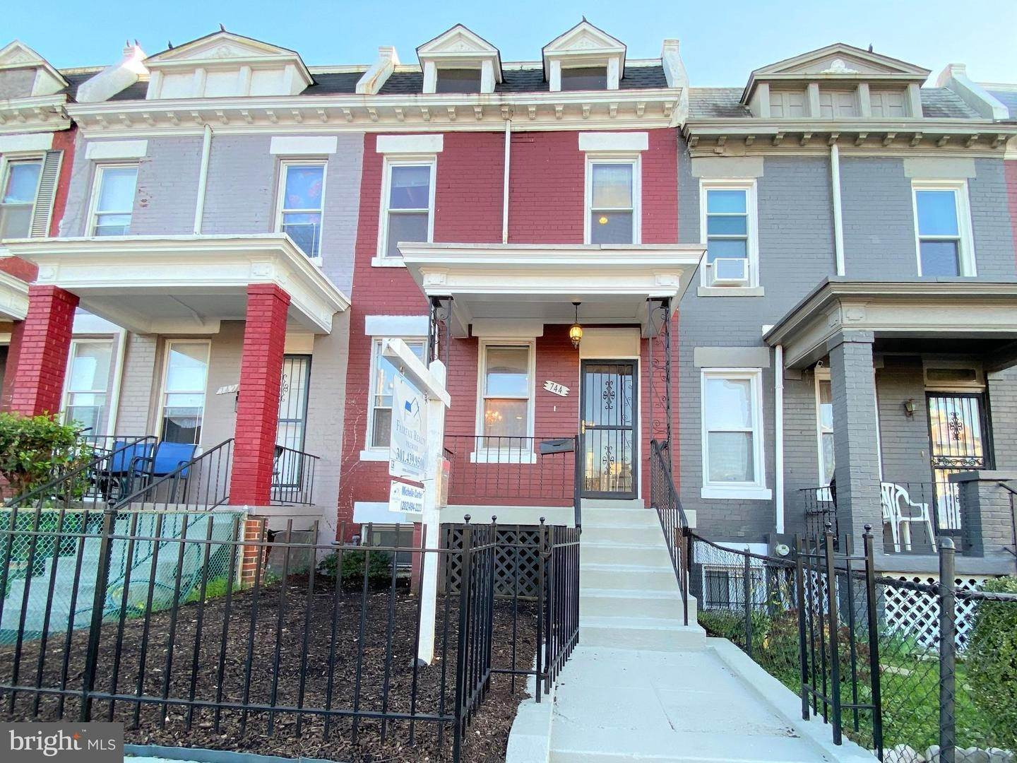 Single Family Homes for Sale at Columbia Heights, Washington, District Of Columbia, 20001 United States