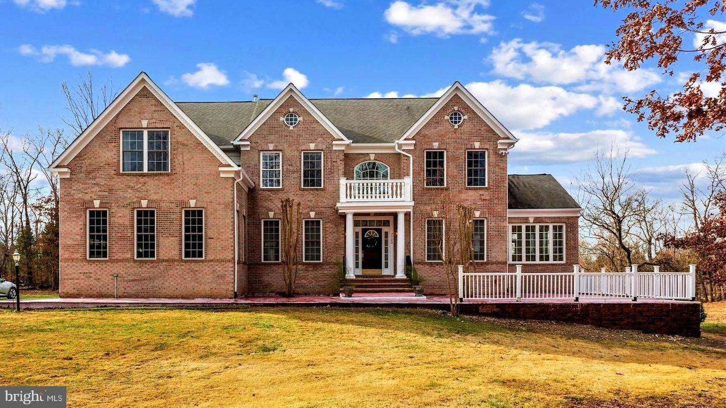 Single Family Homes for Sale at Centreville, Virginia, 20121 United States