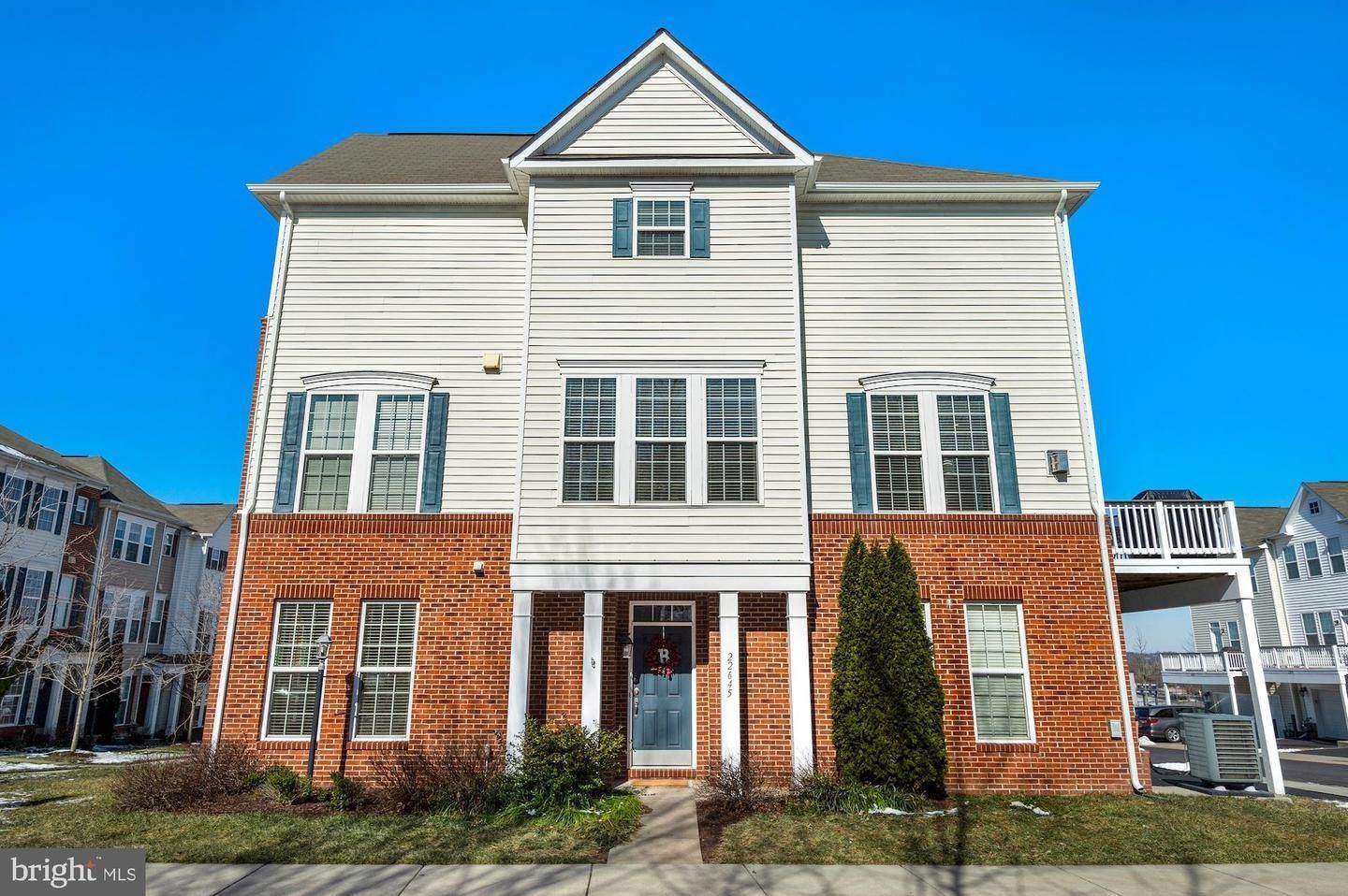 Single Family Homes for Sale at Brambleton, Virginia, 20148 United States