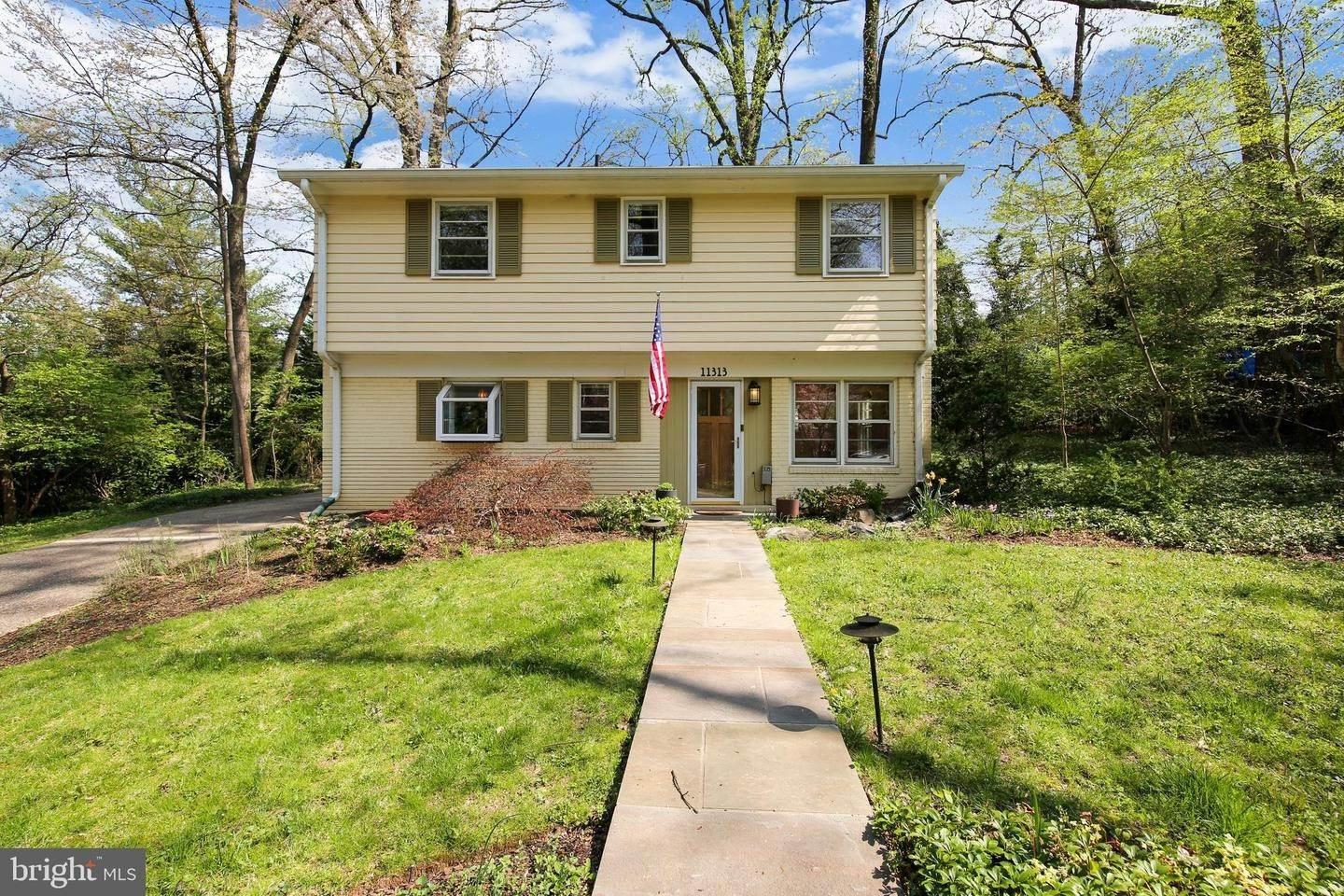 Single Family Homes for Sale at Garrett Park, Maryland, 20896 United States