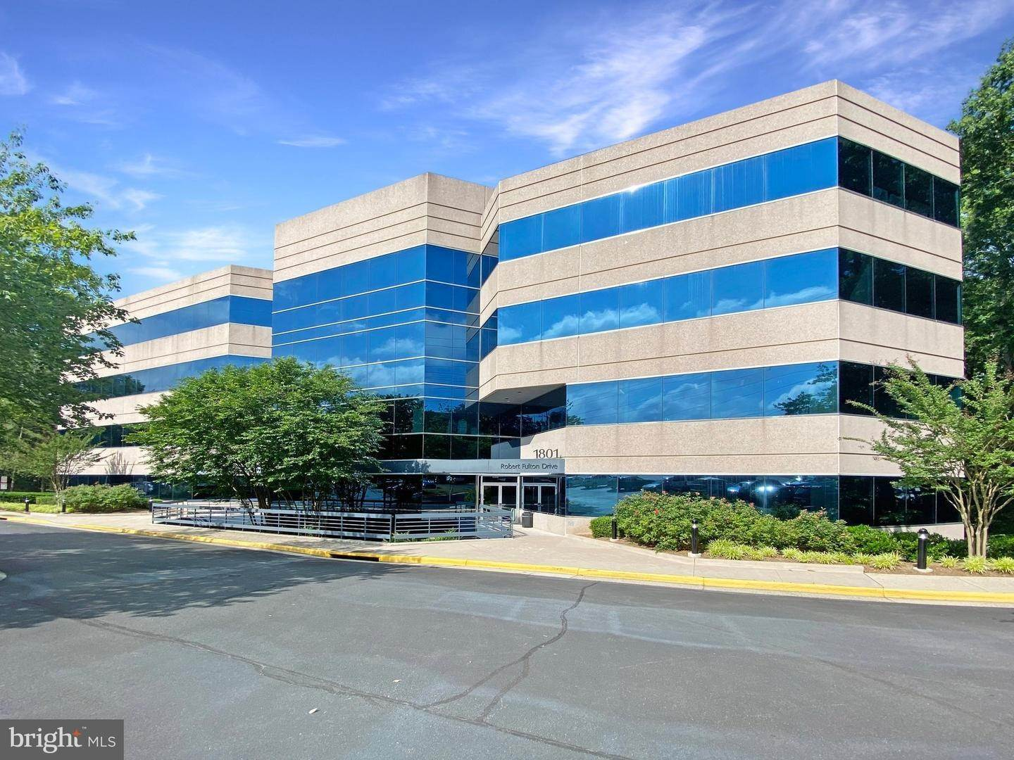 Commercial for Sale at Reston, Virginia, 20191 United States