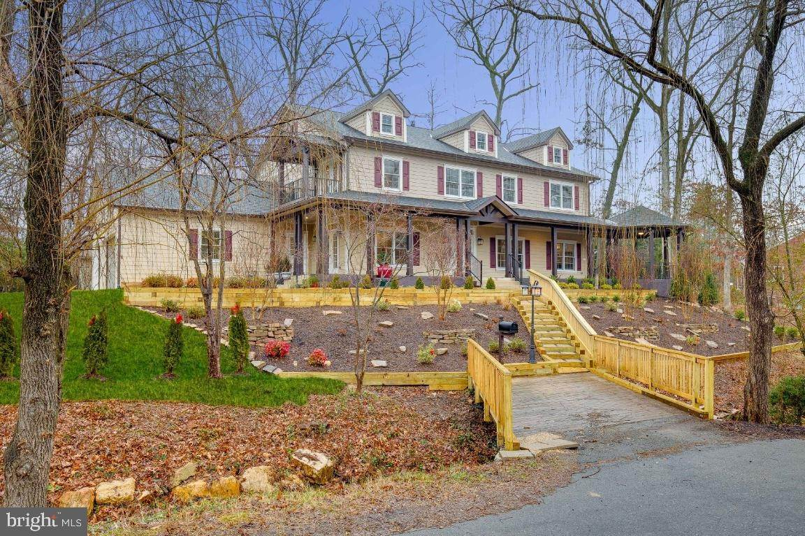 Single Family Homes for Sale at Falls Church, Virginia, 22042 United States