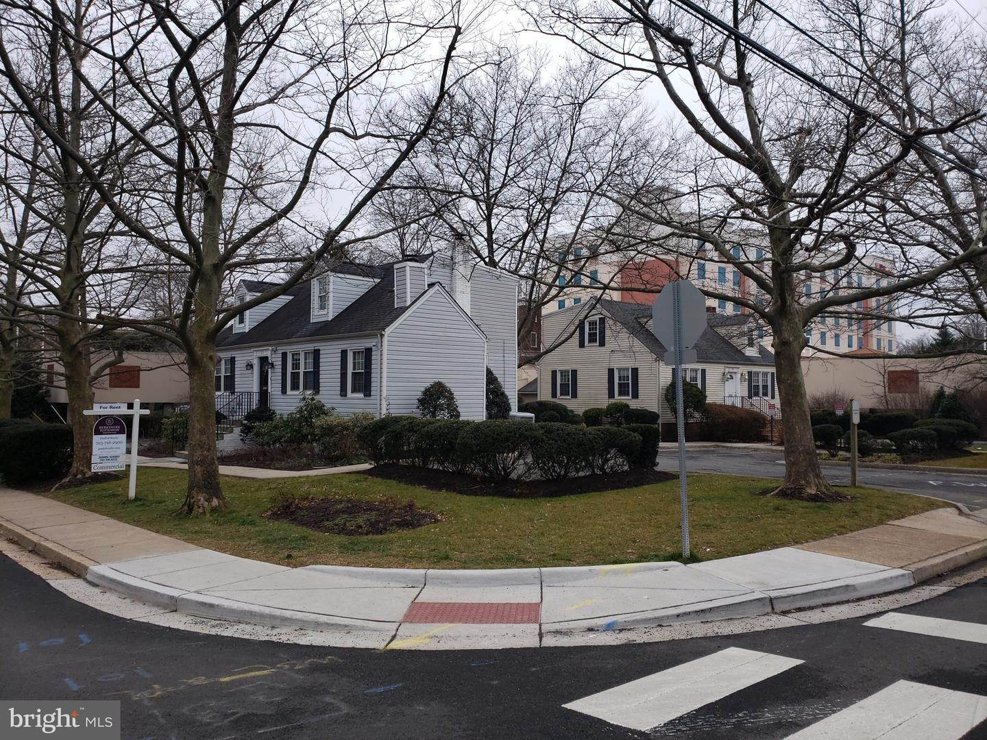 Commercial for Sale at Falls Church, Virginia, 22046 United States