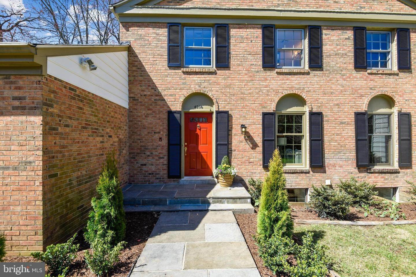 2. Single Family Homes à Alexandria, Virginia, 22309 États-Unis