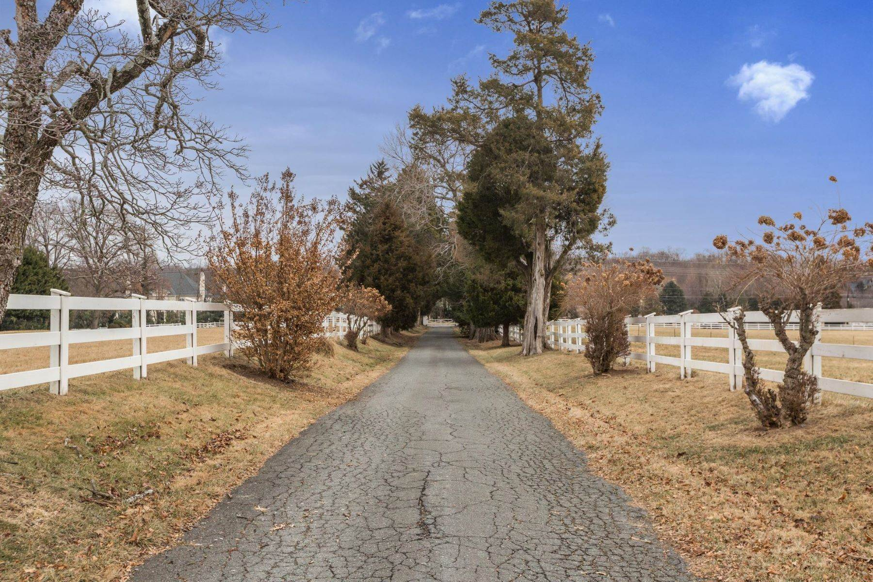 Land for Sale at Potomac, Maryland, 20854 United States