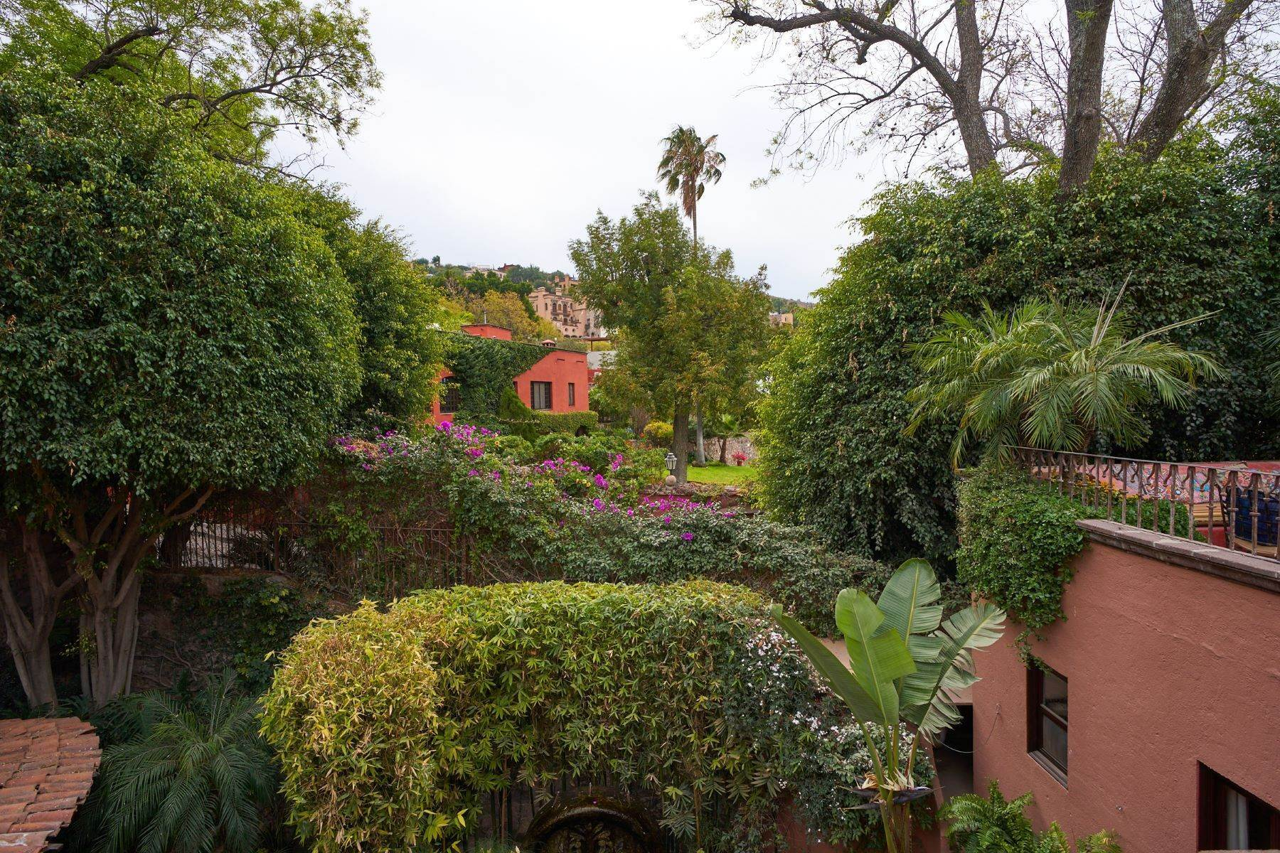 25. Single Family Homes at San Miguel De Allende, Guanajuato, 37700 Mexico