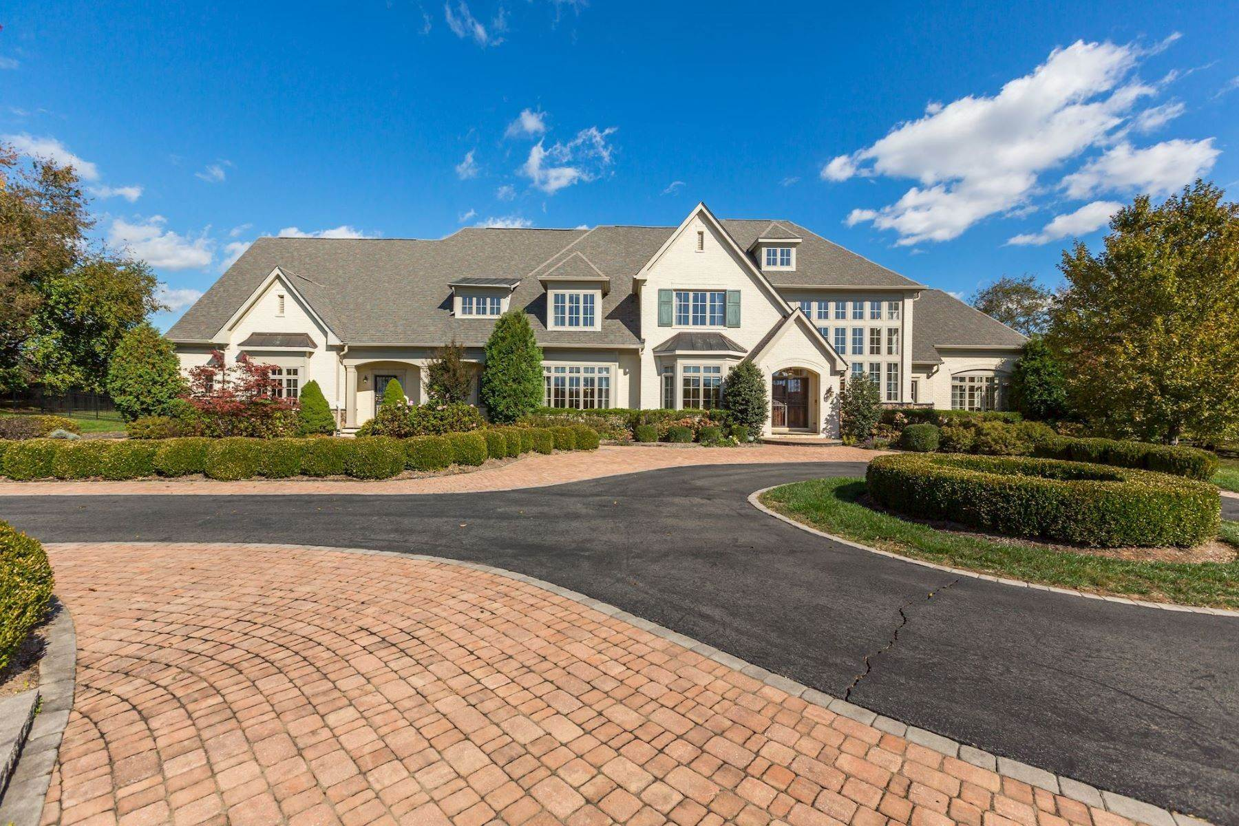 Single Family Homes for Sale at Executive Grenata Estate 40471 Grenta Preserve Place, Leesburg, Virginia, 20175 United States