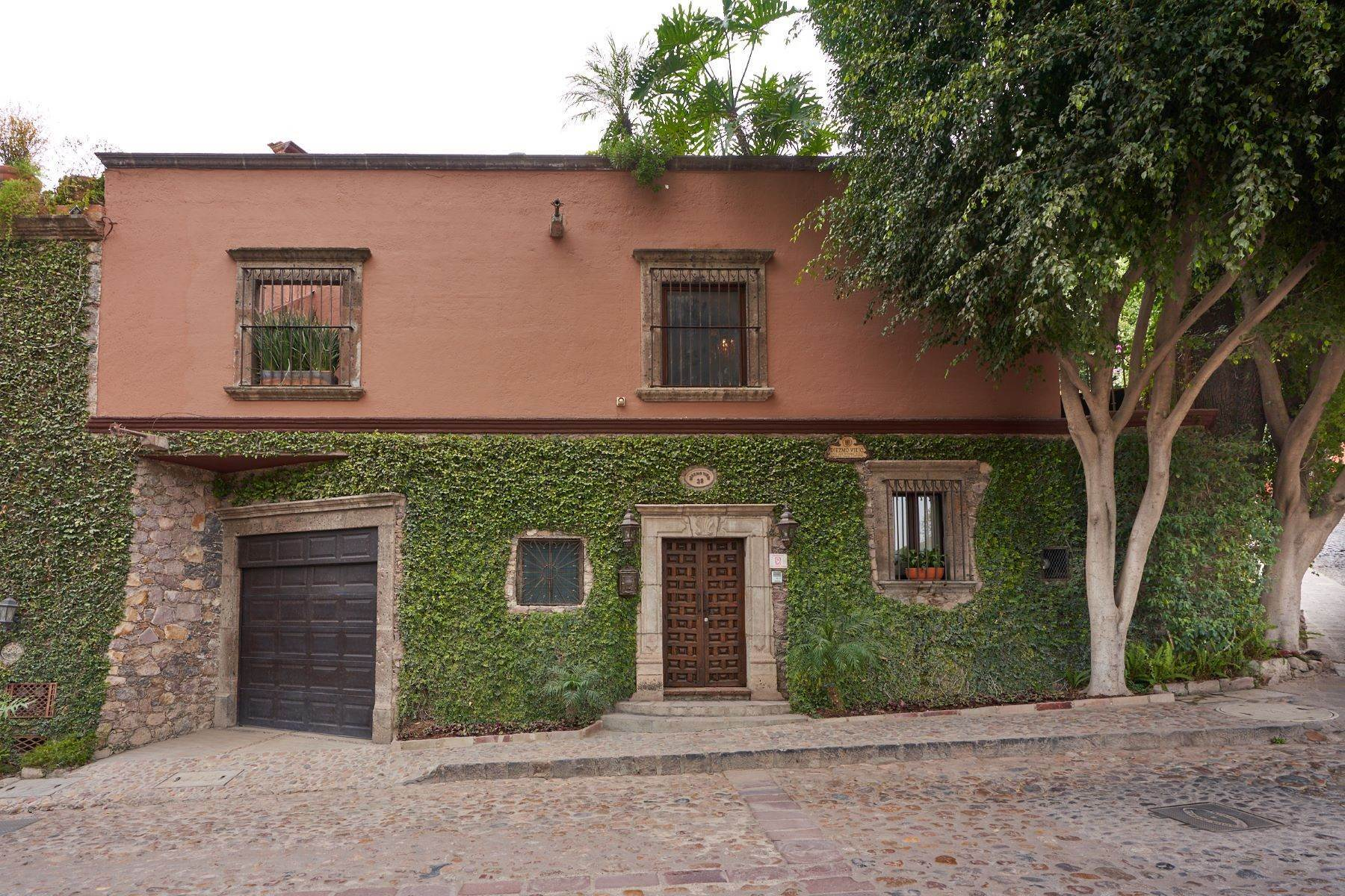 2. Single Family Homes at San Miguel De Allende, Guanajuato, 37700 Mexico