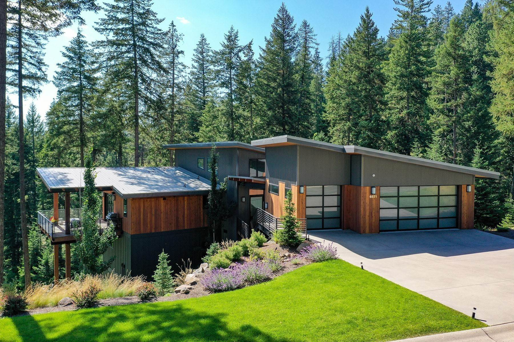 Single Family Homes for Sale at Gorgeous To-Be-Built Lakefront Home 5486 W Mica Shore, Coeur D Alene, Idaho, 83814 United States