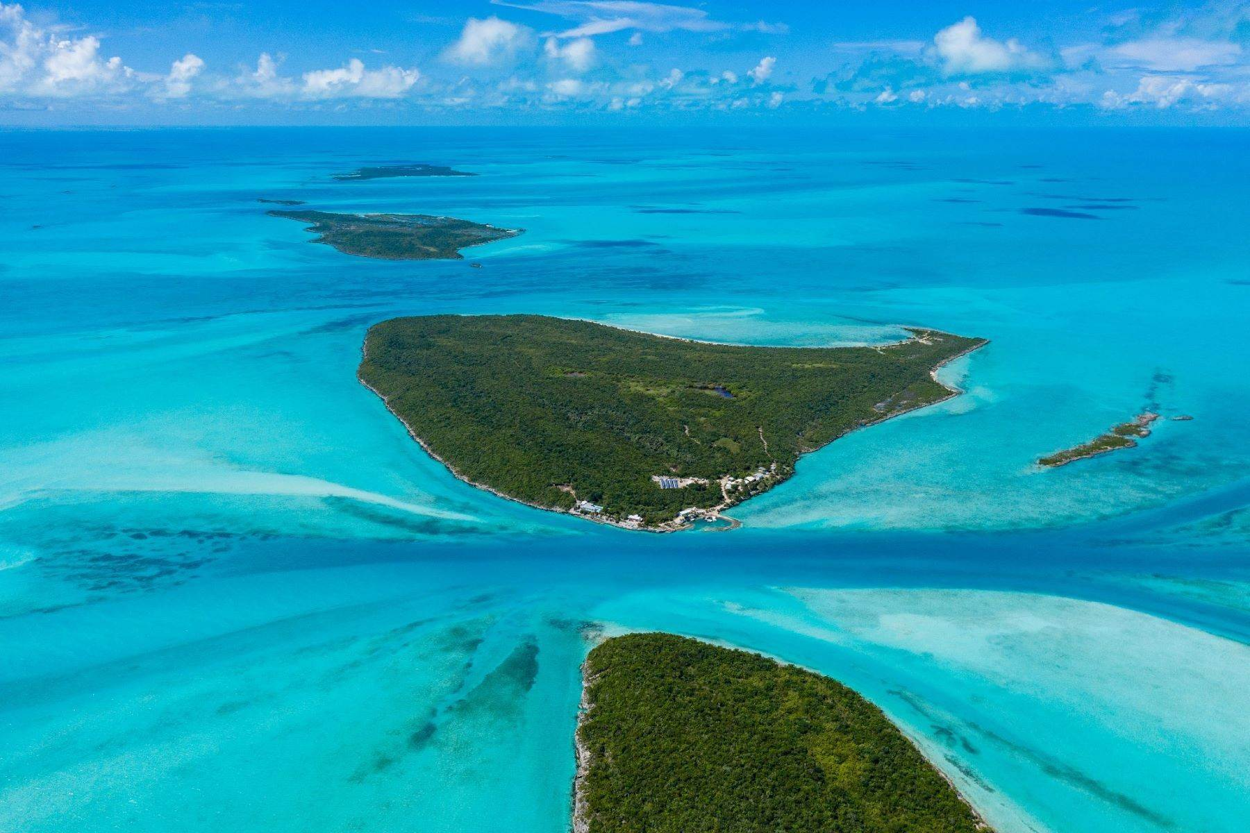 Private Islands for Sale at Exuma Cays, Exuma, Bahamas