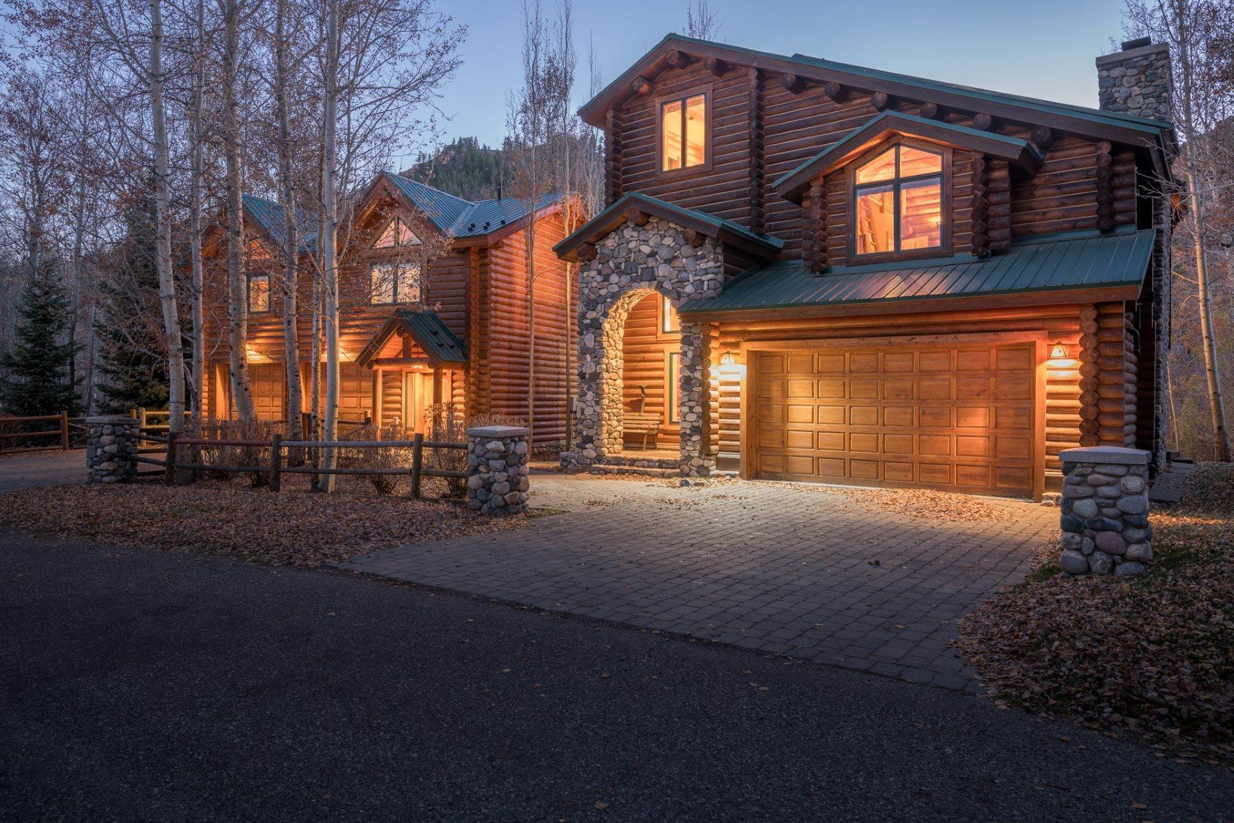 Single Family Homes for Sale at Rarely Available and Highly Desirable Riverfront Home 217 Eagle Creek Loop, Ketchum, Idaho, 83340 United States