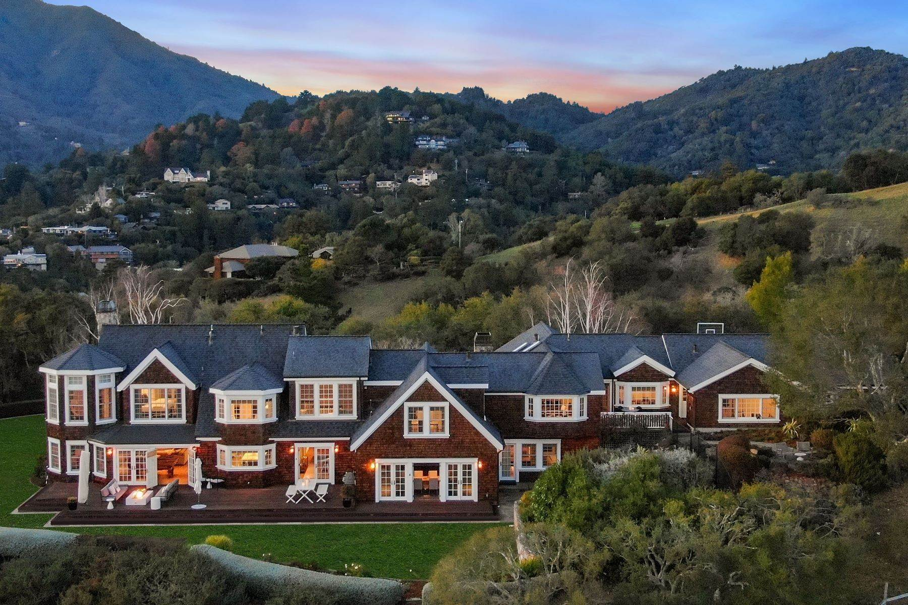 Single Family Homes per Vendita alle ore Private Estate in Mill Valley 33 Escalon Dr, Mill Valley, Mill Valley, California, 94941 Stati Uniti