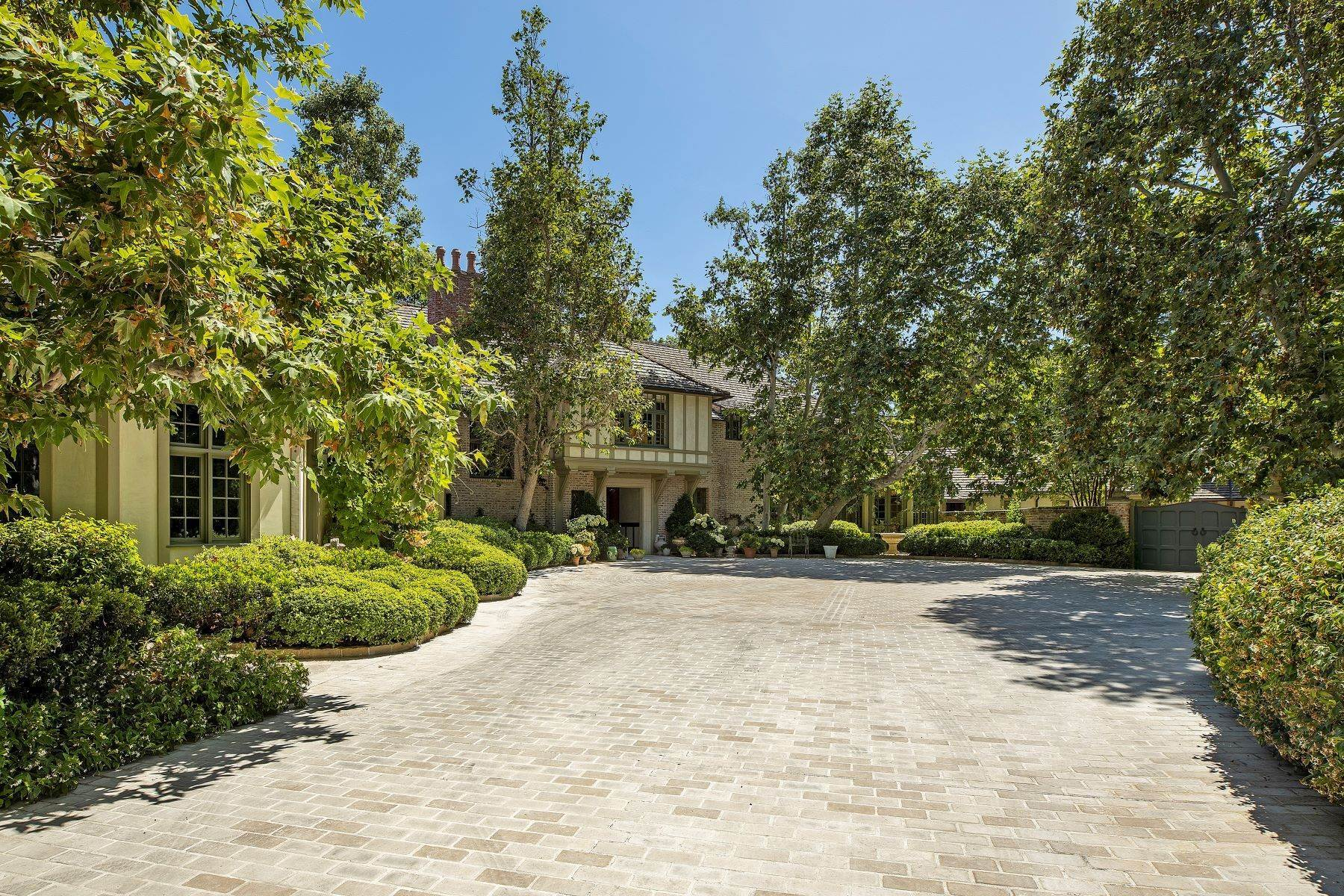 5. Single Family Homes à 1201 Tower Grove Drive, Beverly Hills, Californie, 90210 États-Unis