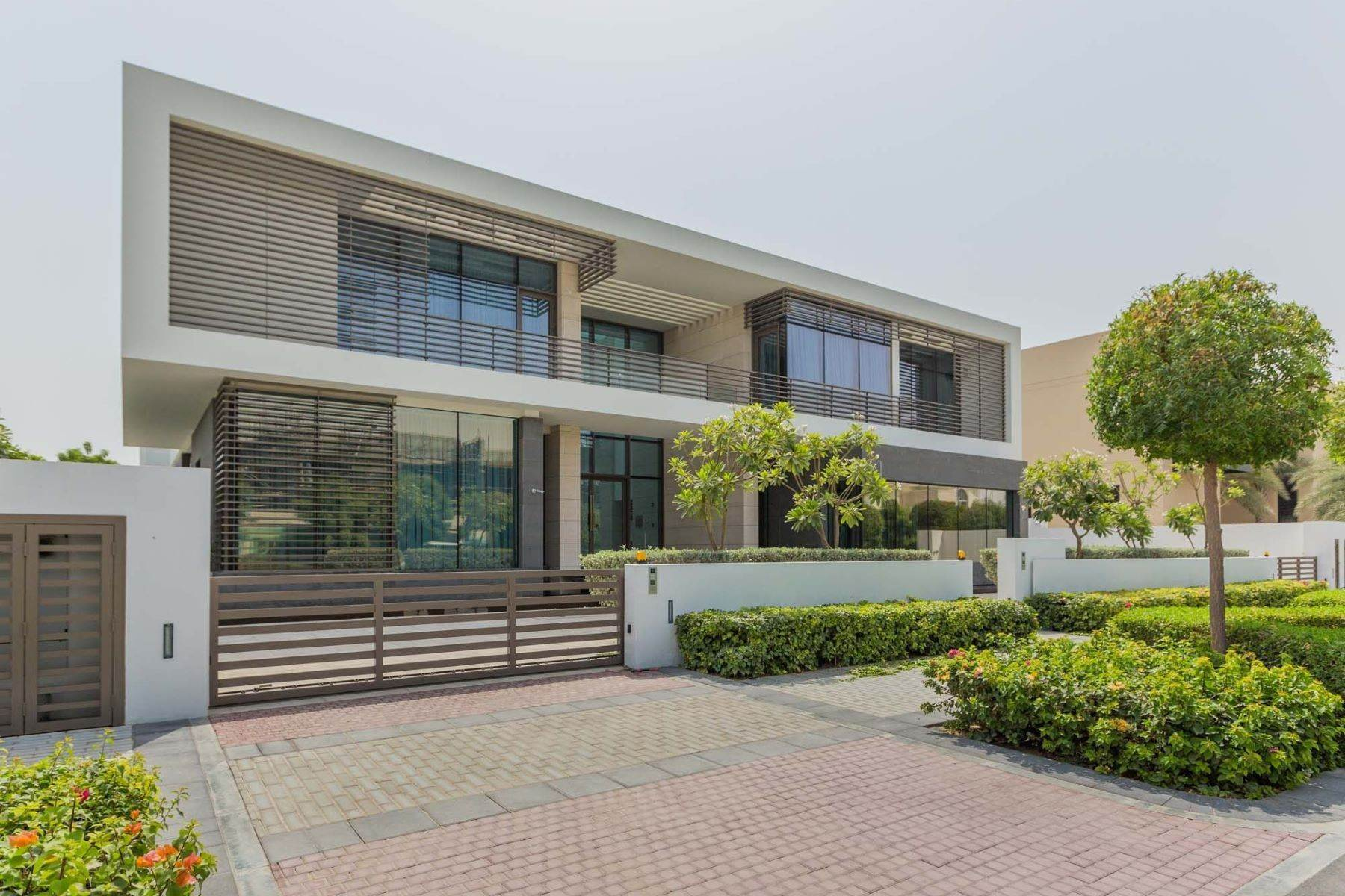 Other Residential Homes pour l Vente à Ready - Grand Contemporary Mansion at District One Dubai, Émirats Arabes Unis